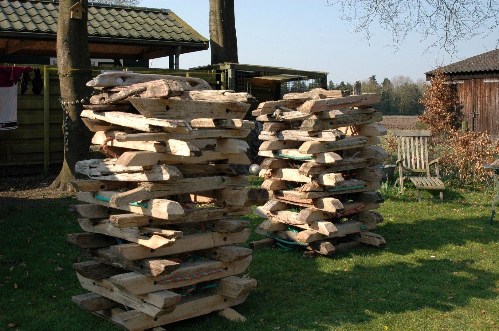 Wrijfhout stapel